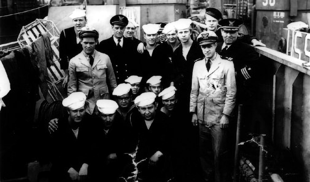 The Crew of the LCI-83